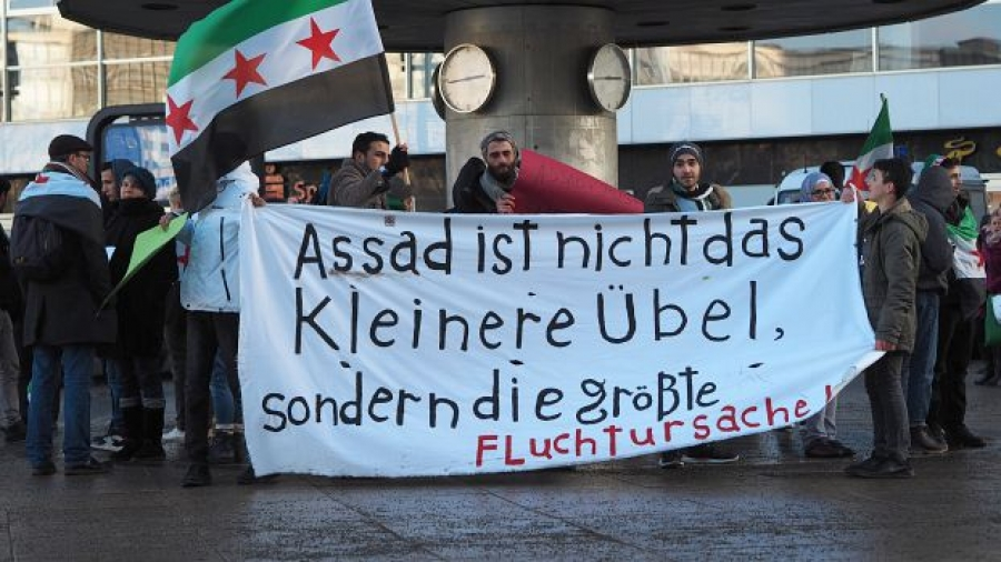 Syrian activists demonstrating in Berlin.